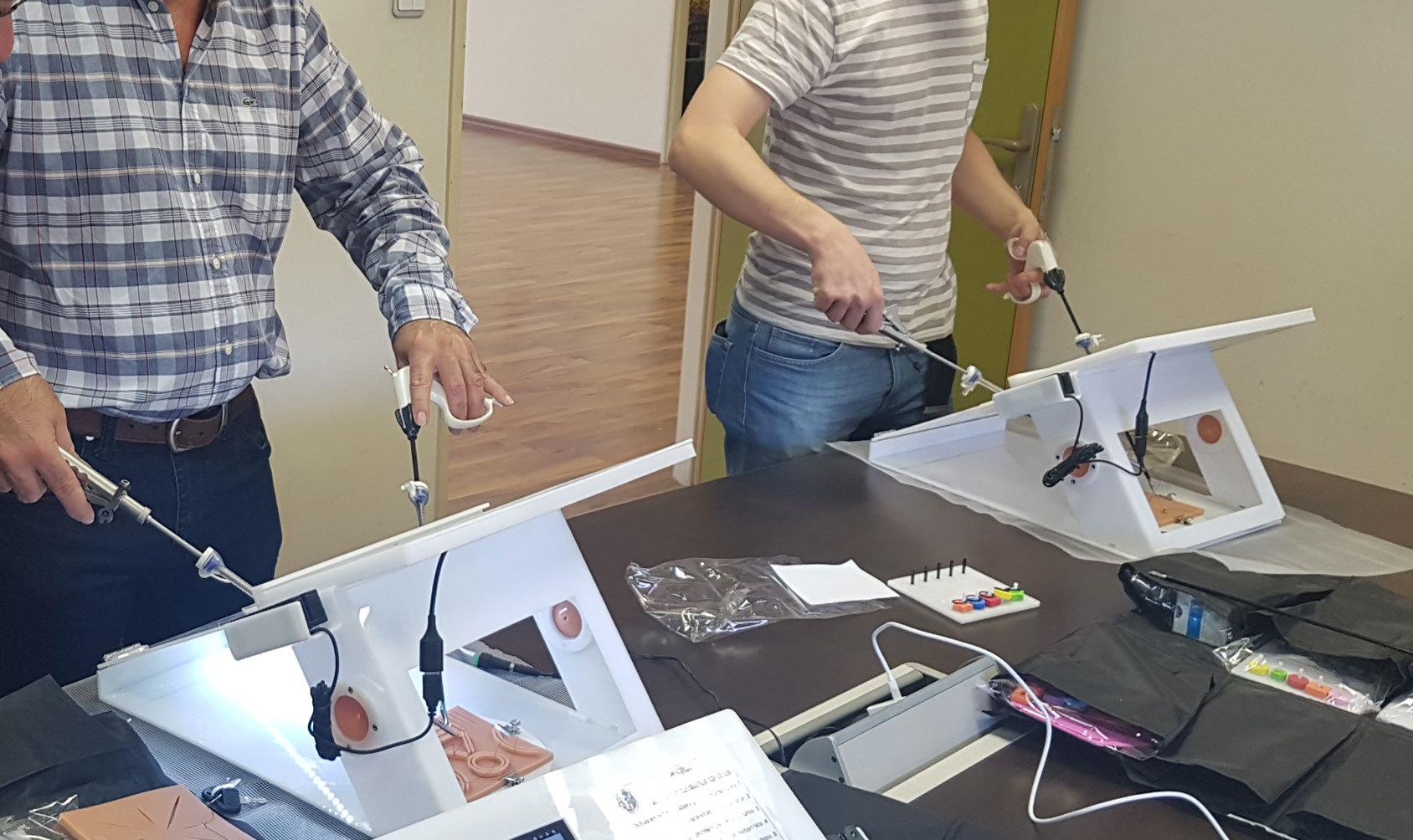training with laparoscopic simulator